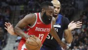 Rockets arrollan a Timberwolves