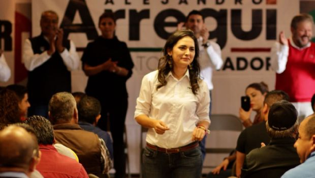 Se reúne Génesis Márquez con transportistas
