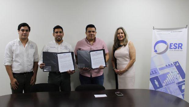 Firman convenio por la juventud