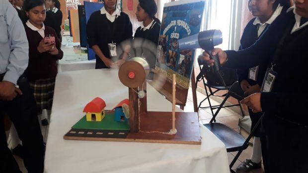 Presentan jóvenes proyectos de CyT