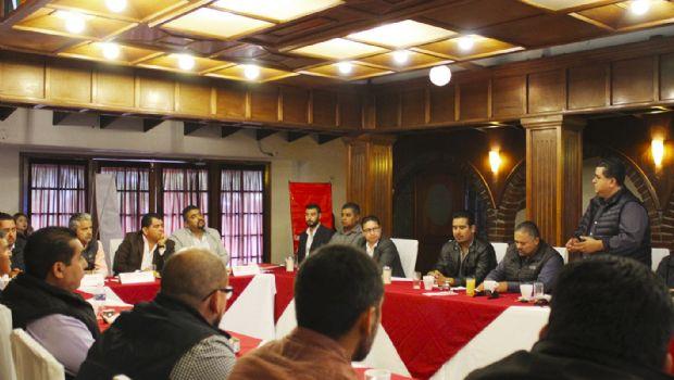 Escuchan propuestas integrantes de la CMIC de candidato del PT