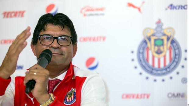Firma Chivas a Cardozo