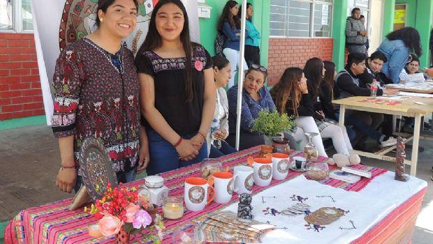 """Muestran alumnos sus trabajos en """"Casa Abierta"""""""