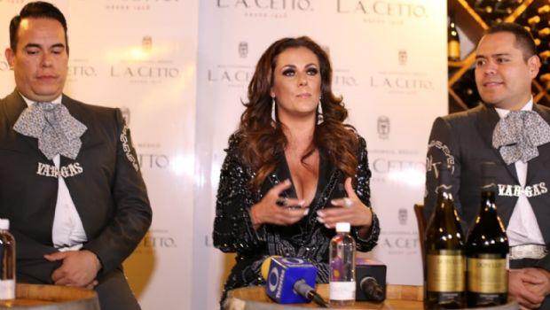 Ofrece rueda de prensa Edith Márquez