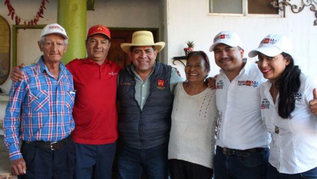 """""""Los candidatos del PRI y PAN prometen lo que nunca han cumplido"""", AR."""