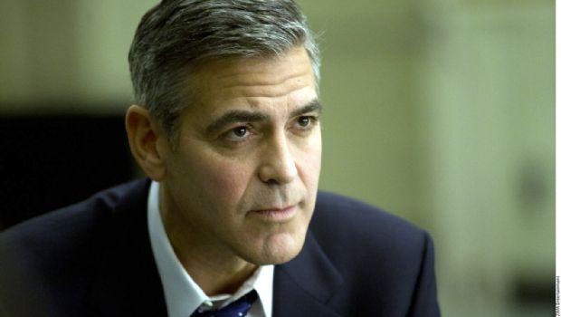 """Clooney está """"bien"""" tras accidente"""