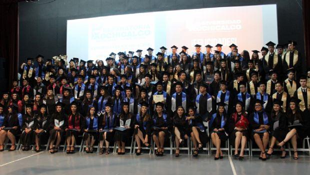 Celebran graduados de Xochicalco