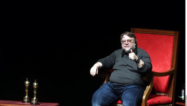 Apoya Del Toro a creadores