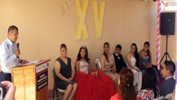 Celebran XV años a hijos de privadas de la libertad en Ensenada