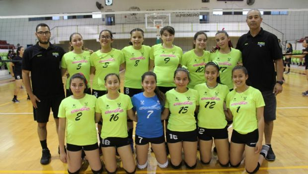Alzan campeonato en voleibol