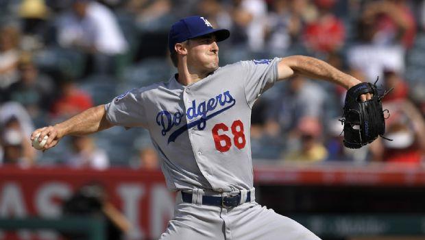 Stripling brilla y triunfan Dodgers