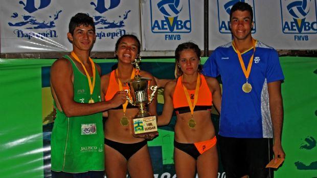 Dominan Hernández y Sanay el Baja Open