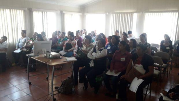Imparten curso de DH para mujeres indígenas