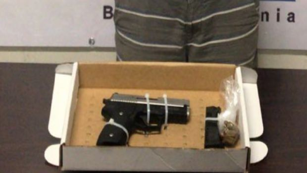 Aprehende la PEP a armado en Tijuana