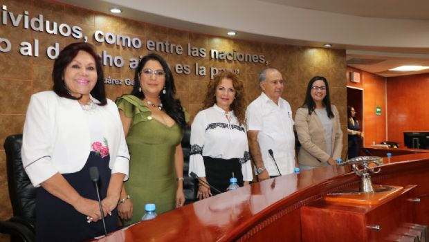 Defienden diputados a Ensenada
