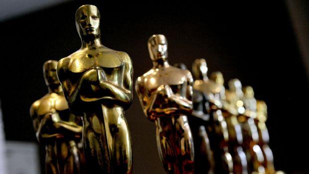 Posponen Óscares nueva categoría