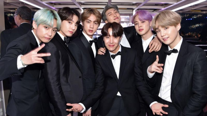 BTS alcanza a The Beatles en lista Billboard