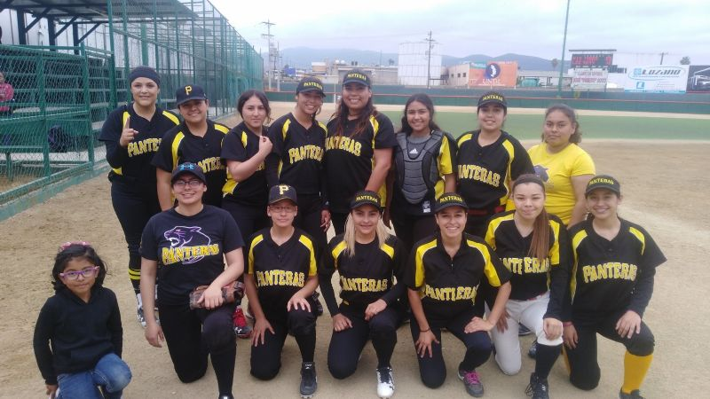 Vence Bulldogs a Dodgers