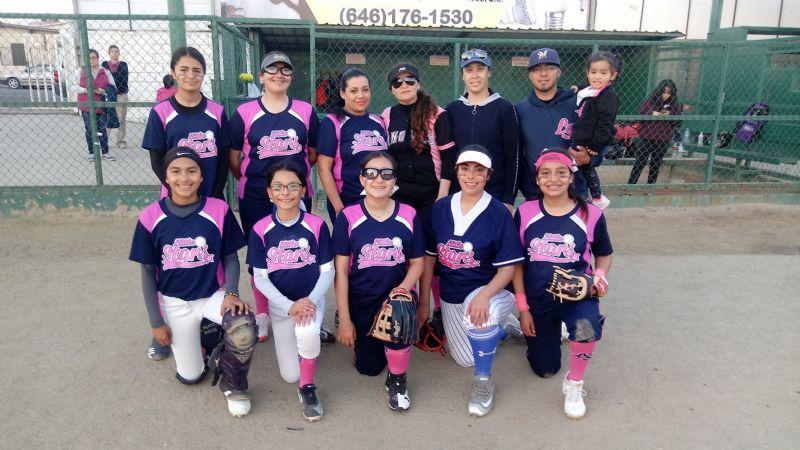 "Ganan Bulldogs y Little Stars ""A"""